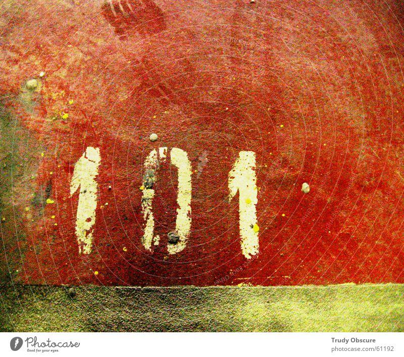 postcard no. 101 rot Stein dreckig Beton Bodenbelag Ziffern & Zahlen Spuren Parkplatz Garage Oberfläche Staub Parkhaus Reifenspuren Tiefgarage Parkplatznummer