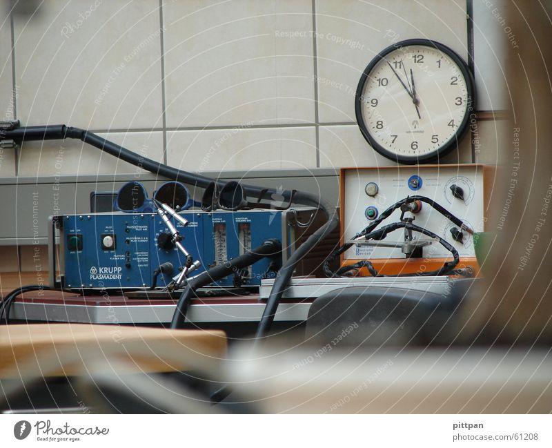 pause... Arbeit & Erwerbstätigkeit Pause Uhr Schweißen