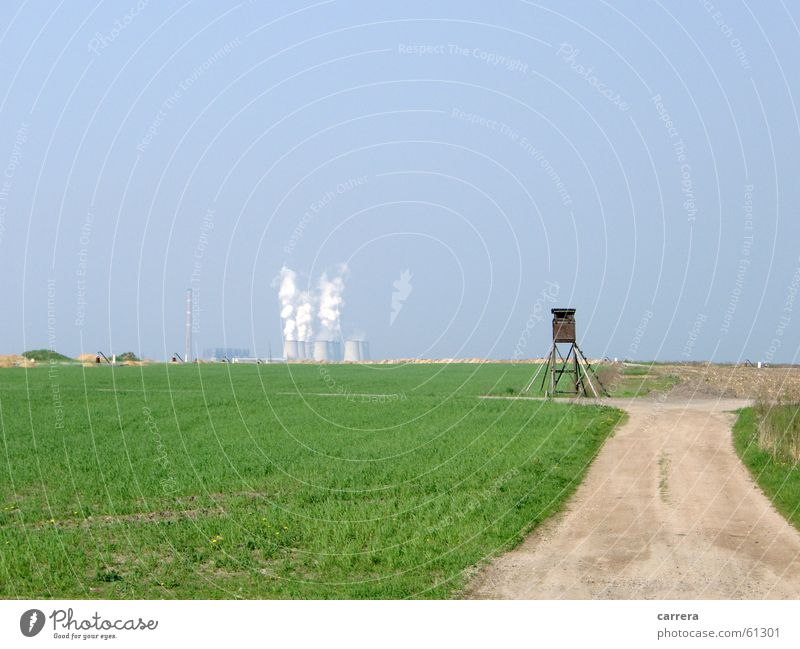 Schöne Aussicht Ebene Wiese grün Horizont Umwelt Gegenteil flach Rauch Hochsitz Panorama (Aussicht) Umweltverschmutzung Grünfläche Gras Industrie