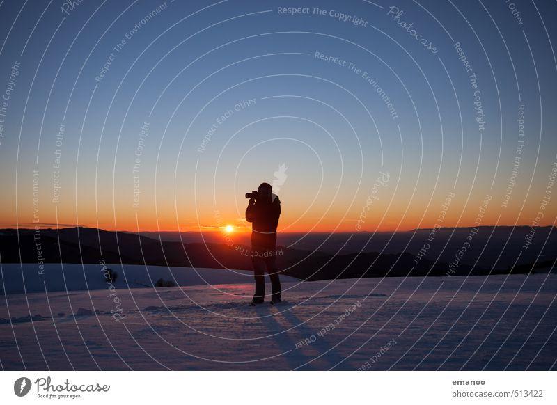 Letzte Winterstunde Mensch Himmel Natur Ferien & Urlaub & Reisen Mann blau Sonne Landschaft Erwachsene Berge u. Gebirge Schnee Freiheit Horizont Eis