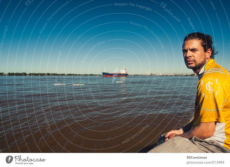 Waiting Man Lifestyle Ferien & Urlaub & Reisen Tourismus Ausflug maskulin Junger Mann Jugendliche 1 Mensch 18-30 Jahre Erwachsene 30-45 Jahre Wasser Seeufer