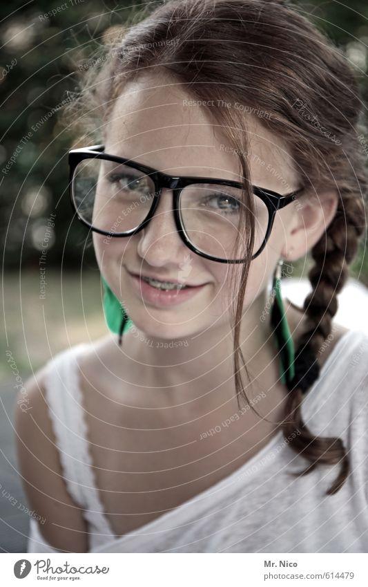 spekuliereisen Mensch Kind schön Mädchen Freude Gesicht feminin lustig Mode Haut Lifestyle Kindheit Lächeln Fröhlichkeit niedlich Brille