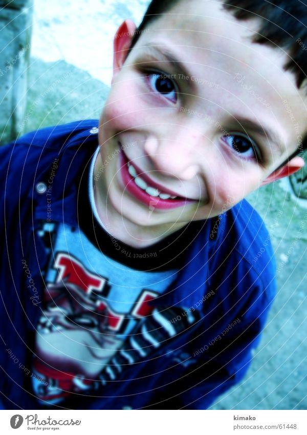 Ivan Kind Freude Gesicht Auge Junge Glück grinsen Lomografie