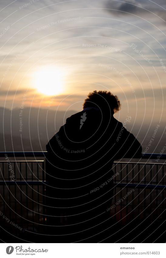 sunset afro Mensch Himmel Jugendliche Ferien & Urlaub & Reisen Mann Einsamkeit ruhig Wolken Ferne schwarz Erwachsene Berge u. Gebirge Traurigkeit