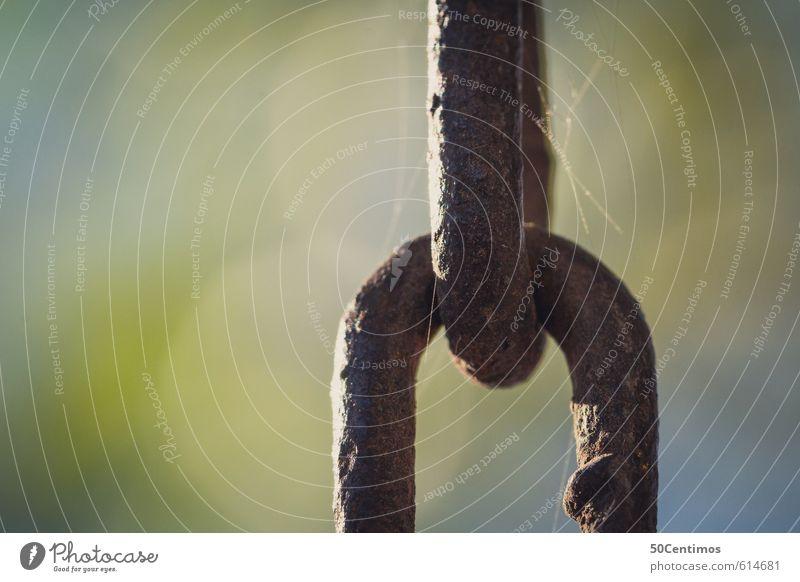 Kettenglieder Metall Stahl alt fest stark Stress Hoffnung Farbfoto Außenaufnahme Nahaufnahme Detailaufnahme