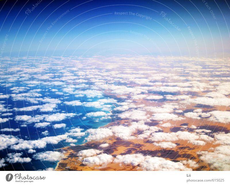 Über den Wolken Himmel Ferien & Urlaub & Reisen blau weiß Wasser Sommer Sonne Meer Landschaft Strand Ferne Wärme Leben Erde Horizont