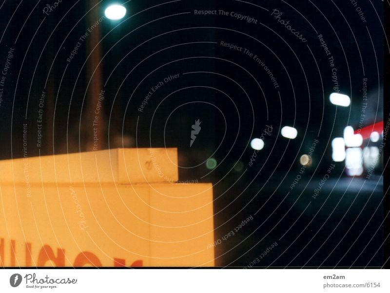 lichtseule part_2 Licht Tankstelle Club orange