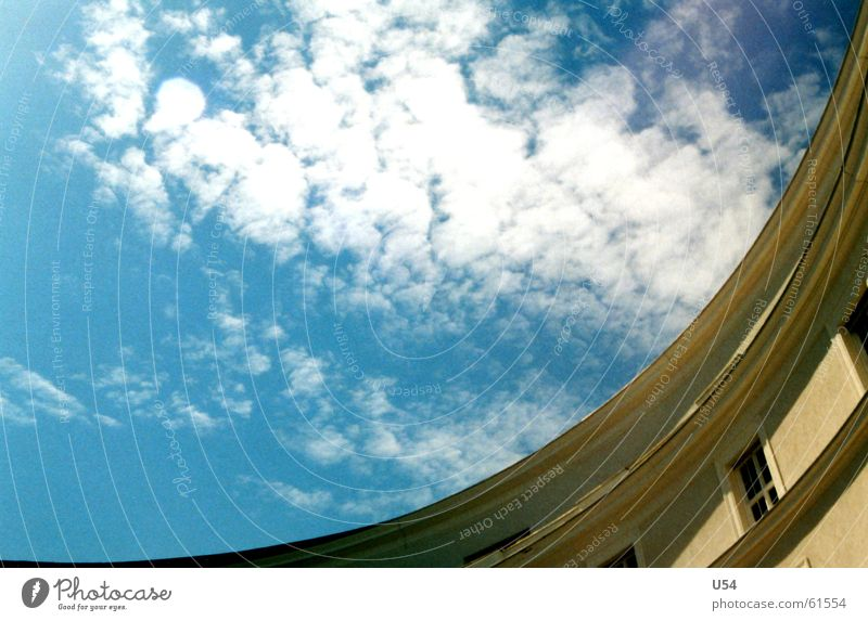 Ausschnitt Himmel Sonne Haus Wolken Stein Gebäude Gemäuer