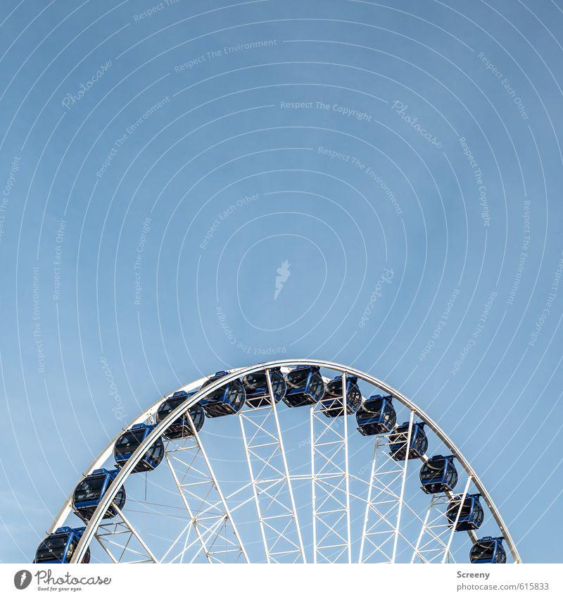 Henkel mit Aussicht blau weiß Freude Bewegung Glück Tourismus hoch Fröhlichkeit Ausflug Abenteuer rund fahren Güterverkehr & Logistik Höhenangst Veranstaltung Jahrmarkt