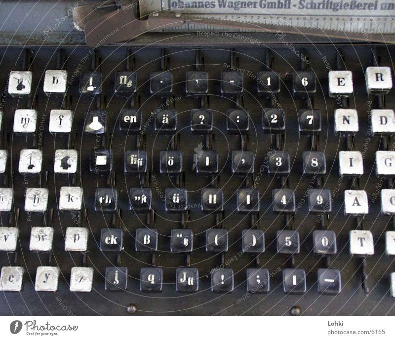old typewriter Schreibmaschine Maschine Buchstaben Industrie schreiben berühren Tastatur