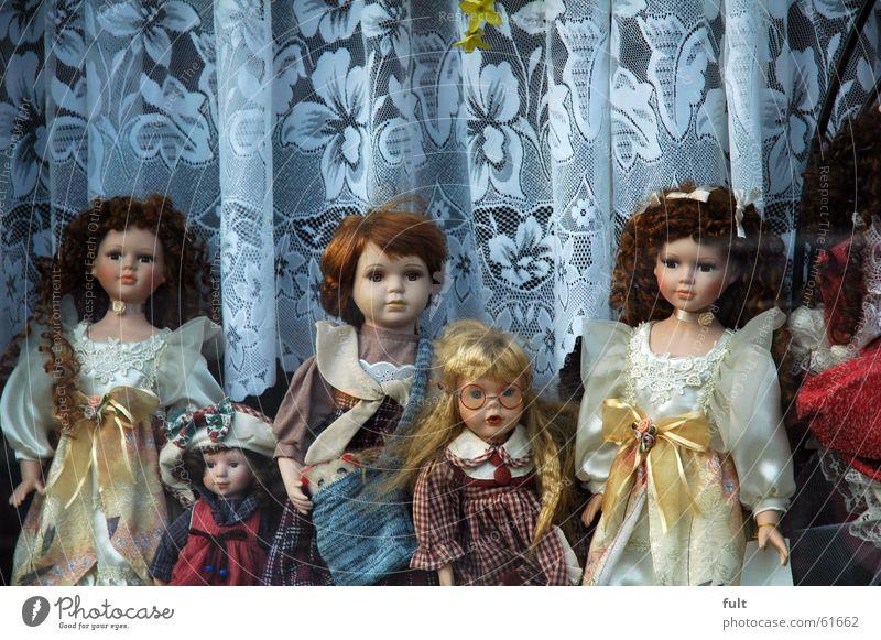 horror puppen Spielzeug Fenster gruselig Mädchen Freizeit & Hobby Frau Puppe Blick Statue Münster