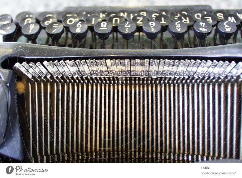 Typewriter Metall Dinge berühren Schreibmaschine