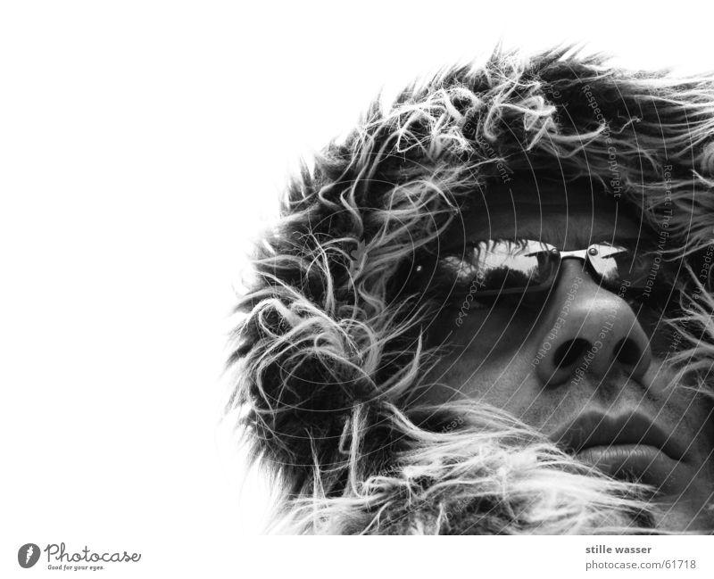 FROSTI Physik weich Brille Reflexion & Spiegelung Nasenhaar Nasenloch schwarz weiß kalt Einsamkeit Porträt Außenaufnahme Abenteurer Alaska Nordpol Südpol