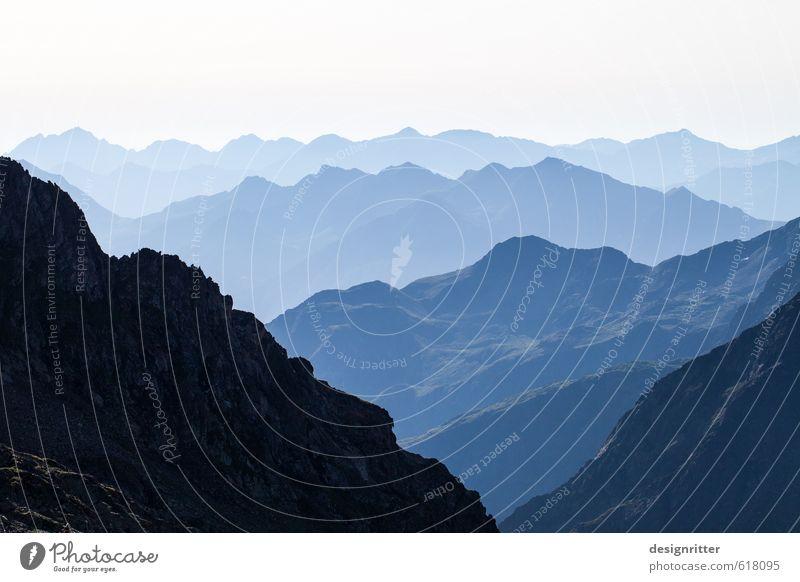 Aus den blauen Bergen ... Ferien & Urlaub & Reisen schön Sommer Ferne Berge u. Gebirge Freiheit Felsen Kraft groß Erfolg Tourismus wandern hoch Abenteuer Gipfel