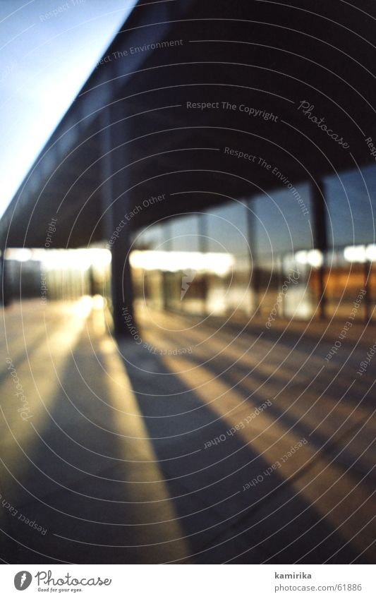 echt mies #2 Sonne Berlin Fenster Kunst Glas Perspektive Klarheit Stahl Gemälde schäbig Museum blenden Rahmen Strebe Sehenswürdigkeit