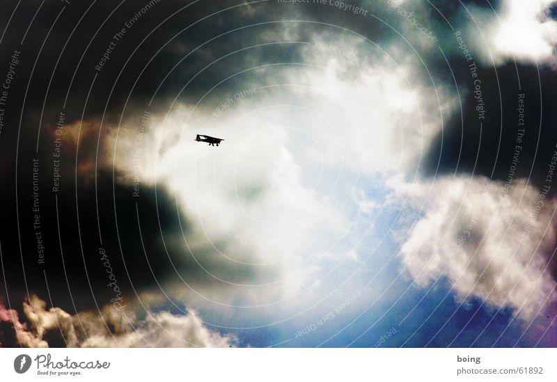 unseren Helden am Himmel Sonne Wolken Freiheit Wärme Stern Flugzeug Wind frei Frieden Sturm Flughafen Gewitter Unwetter Pilot Radarstation