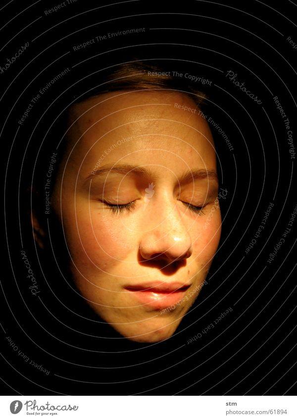 face it Porträt Frau ruhig träumen Denken Frieden nachdenken Glück