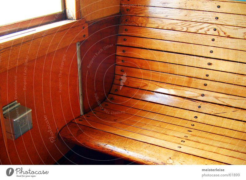 Dritte Klasse alt Ferien & Urlaub & Reisen Holz Eisenbahn Bank historisch Sitzgelegenheit antik früher Holzbank