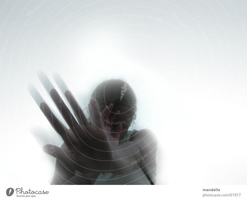 ich will nicht Hand Himmel Bewegung Traurigkeit sitzen diagonal gegen Schüchternheit Defensive verdeckt unsichtbar