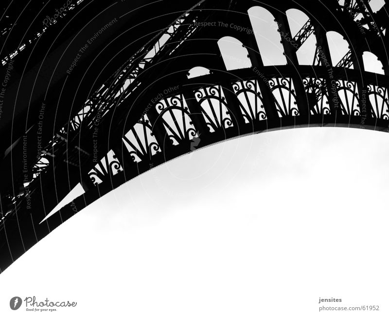 have love will travel Kunst Europa rund Turm Paris Frankreich Konstruktion Eisen Bogen schwingen Sehenswürdigkeit Tour d'Eiffel