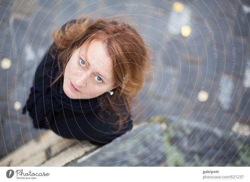 Hoch sollst du leben... Lifestyle Mensch feminin Junge Frau Jugendliche Erwachsene Leben 1 Freundlichkeit Fröhlichkeit schön natürlich Blick Farbfoto