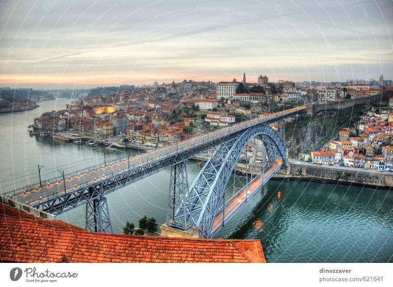 Porto, Portugal im HDR Ferien & Urlaub & Reisen Tourismus Haus Himmel Hügel Fluss Kleinstadt Stadt Brücke Gebäude Architektur Verkehr Wasserfahrzeug alt