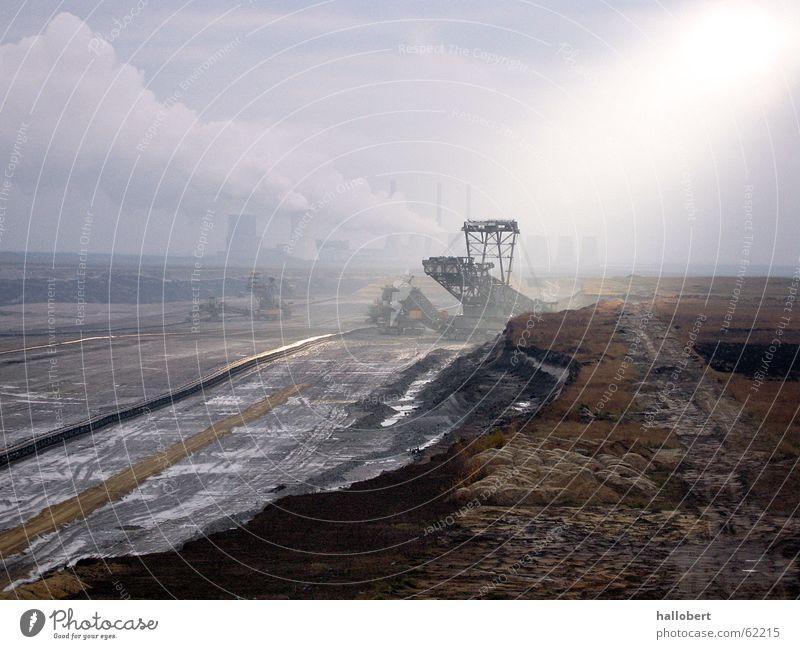 Tagebau mit Kraftwerk_01 Industrie Stromkraftwerke Bergbau Schacht Braunkohlentagebau Kohlekraftwerk