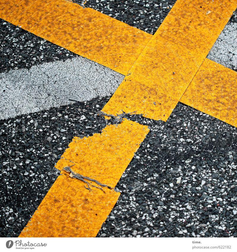 kreuzweise | kann passieren Verkehr Verkehrswege Straßenverkehr Wege & Pfade Verkehrszeichen Verkehrsschild Zeichen Schilder & Markierungen Kreuz Linie