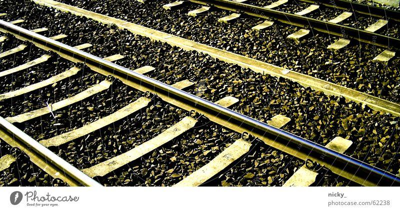 by the way Gleise Eisenbahn lang heimwärts Ferien & Urlaub & Reisen Grünstich Holz Metall Stein trail Wege & Pfade die bahn kommt und man wartet trotzdem ewig
