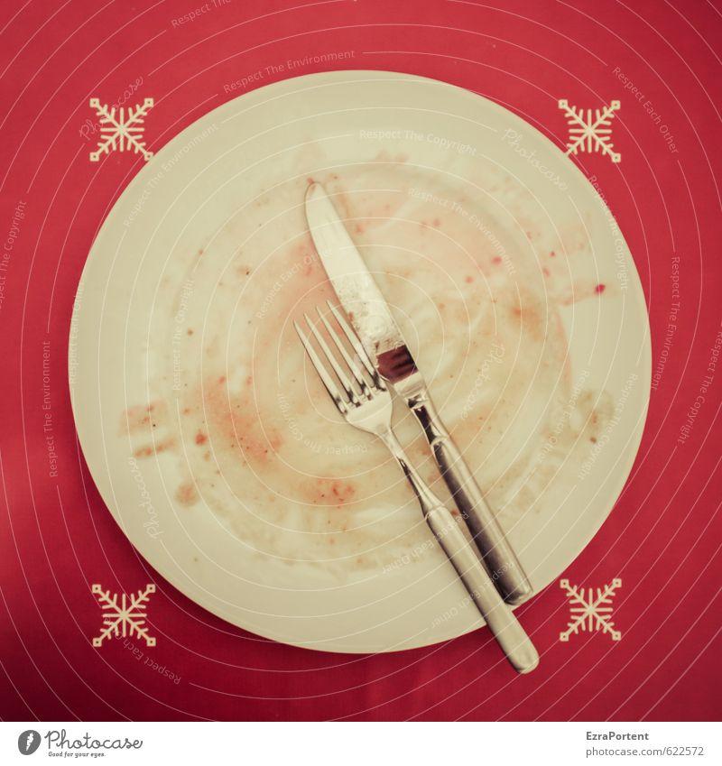 nach dem Essen Lebensmittel Ernährung Mittagessen Abendessen Festessen Geschirr Teller Besteck Messer Gabel dreckig Porzellan Metall glänzend gebraucht leer
