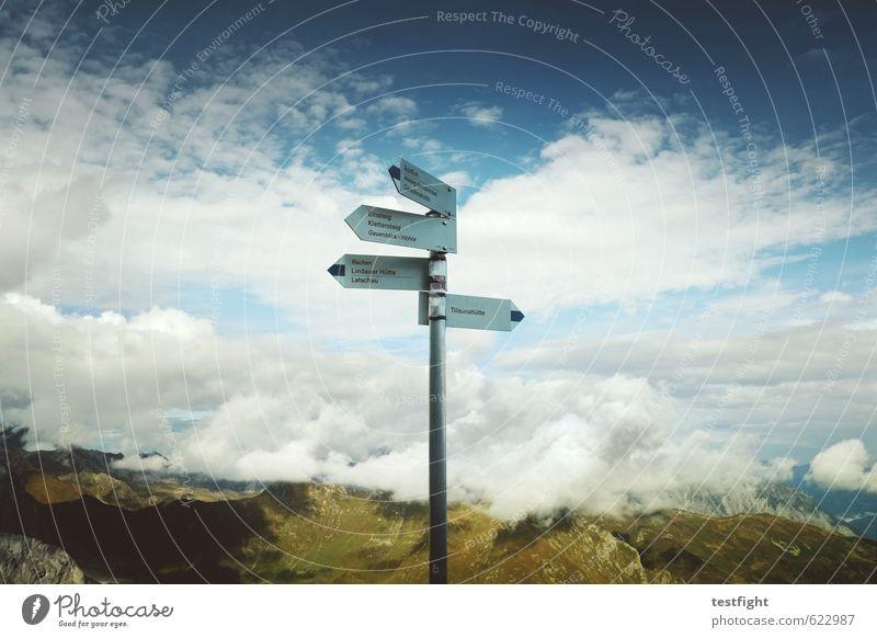 wegweiser Himmel Natur Ferien & Urlaub & Reisen Sommer Sonne Landschaft Wolken Umwelt Berge u. Gebirge Freiheit oben Felsen Zufriedenheit Schilder & Markierungen Tourismus wandern
