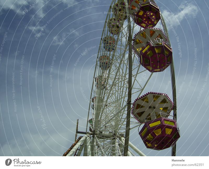 ...muss die Freiheit wohl Grenzenlos sein Himmel Freude Wolken Feste & Feiern Jahrmarkt Riesenrad Stadtfest