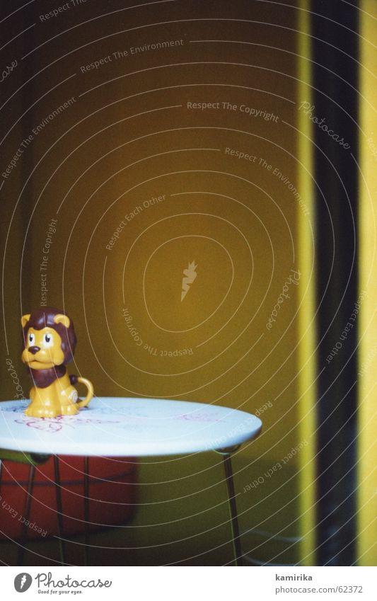 RROOOAAAARRRRR Fenster Tisch Spielzeug Löwe Kinderzimmer