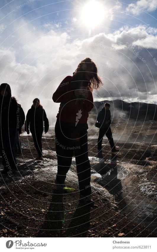 Walk of steam Mensch Junge Frau Jugendliche Erwachsene 4 Ferien & Urlaub & Reisen Blick wandern sportlich frei Gelassenheit Stolz Island energiegeladen