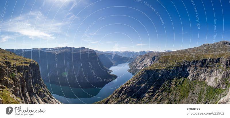Fjordland Himmel Natur Ferien & Urlaub & Reisen Wasser Sommer Landschaft Ferne Berge u. Gebirge Küste Freiheit See Felsen Wetter Tourismus Klima wandern