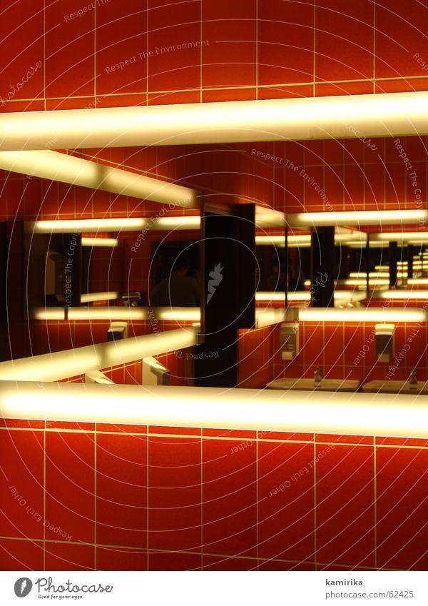 lass sehen Spiegel Reflexion & Spiegelung Bad Hand Neonlicht Strukturen & Formen Toilette Fliesen u. Kacheln seifenspender mirror restroom Wiederholung addition