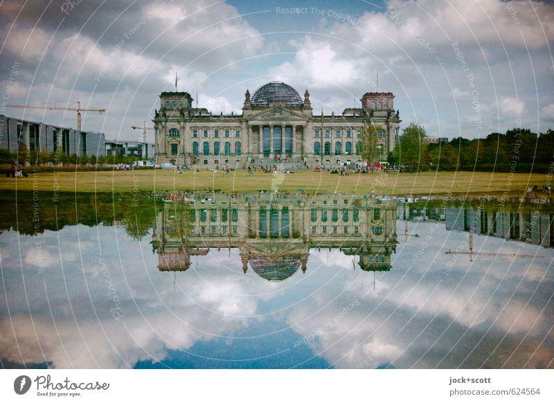 doppelter Tag am Reichstag Wolken Tiergarten Hauptstadt Sehenswürdigkeit Wahrzeichen Deutscher Bundestag historisch Macht Einigkeit Politik & Staat Surrealismus