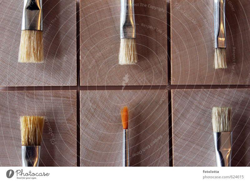 Pinsel Basteln malen Kunst Künstler Maler Borsten Maserung Holz Metall Kreativität individuell einzigartig streichen braun orange sechs Quadrat beige natur