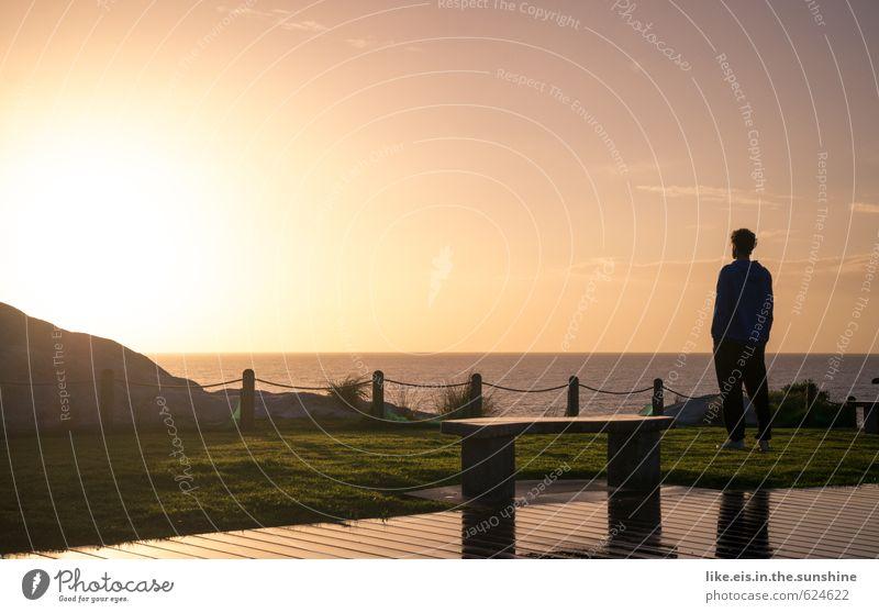 mein moment. Mensch Jugendliche Ferien & Urlaub & Reisen Mann Sommer Sonne Meer Erholung ruhig Ferne Strand Junger Mann Erwachsene Leben Freiheit Glück