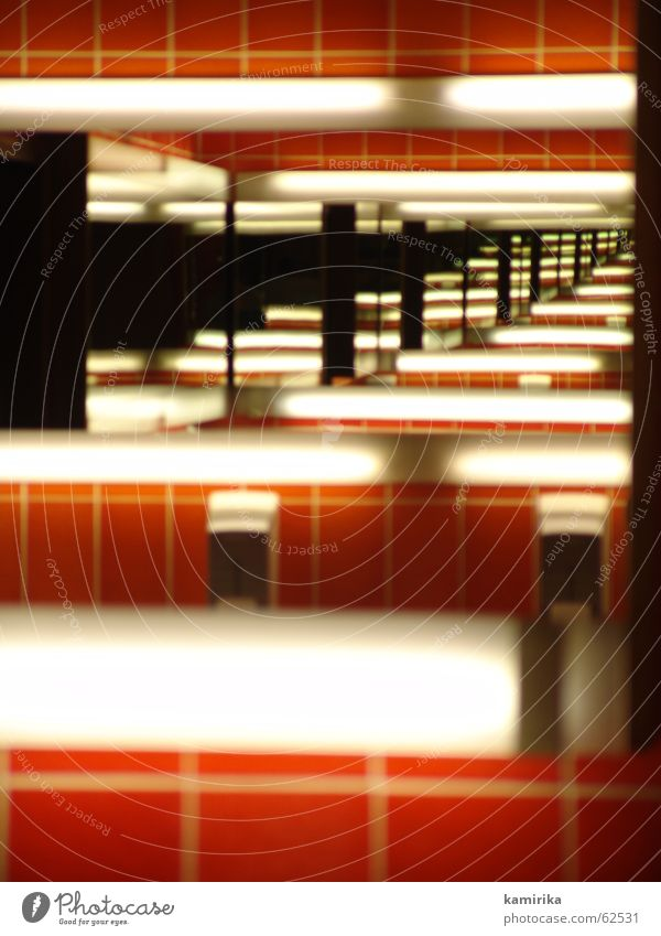 fotonummer 16000 Spiegel Hand Bad Seife rot Neonlicht Unendlichkeit Horizont Stil Schwung ästhetisch fließen Fuge mirror Reflexion & Spiegelung Toilette