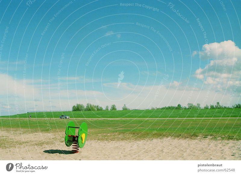 bewegung - los! weiß grün blau Tier gelb Wiese PKW Sand Landschaft braun silber Spielplatz