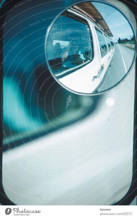 spiegel Reflexion & Spiegelung PKW Straße Kleintransporter