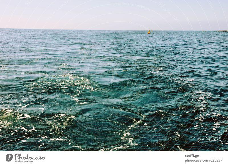 Meerblick Ferien & Urlaub & Reisen blau Wasser Sommer Einsamkeit Erholung Ferne Freiheit Schwimmen & Baden Horizont glänzend Wellen Perspektive Ausflug