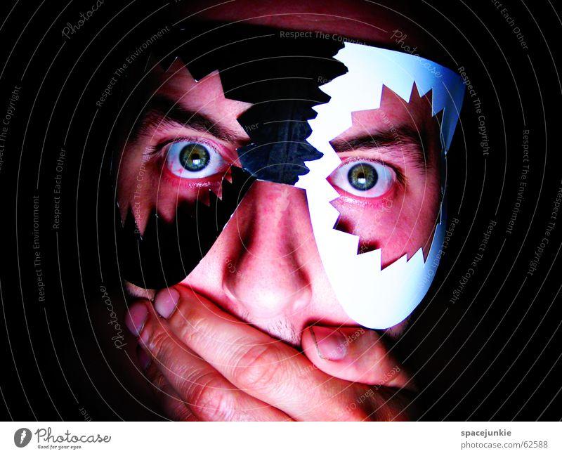Voodoo Mensch Mann weiß Hand dunkel schwarz Gesicht Auge Kunst verrückt Maske Tradition Afrika Zauberei u. Magie Freak Entsetzen