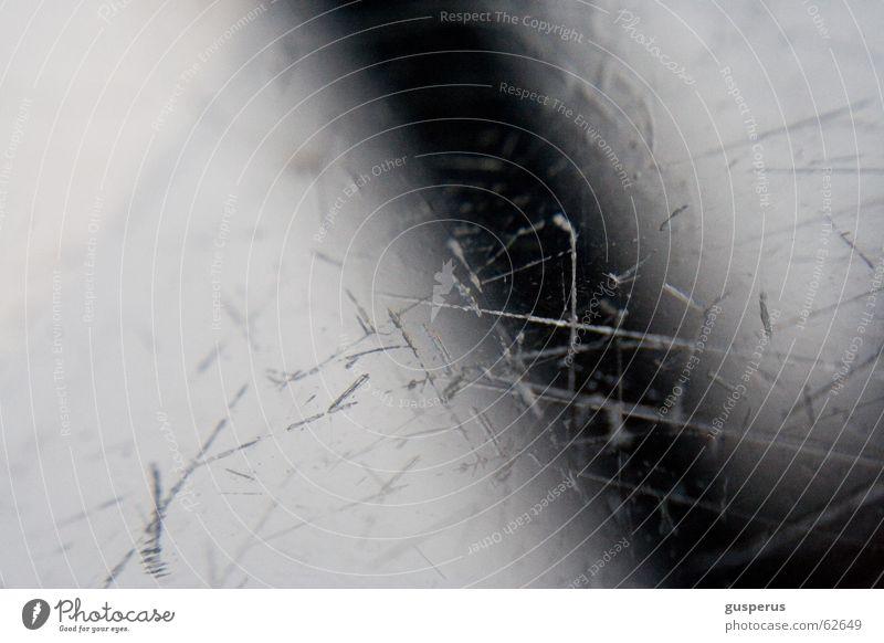 { Da ist der Lack ab } schön Leben Glas schäbig Oberfläche gebraucht Kratzer zerkratzen verwohnt