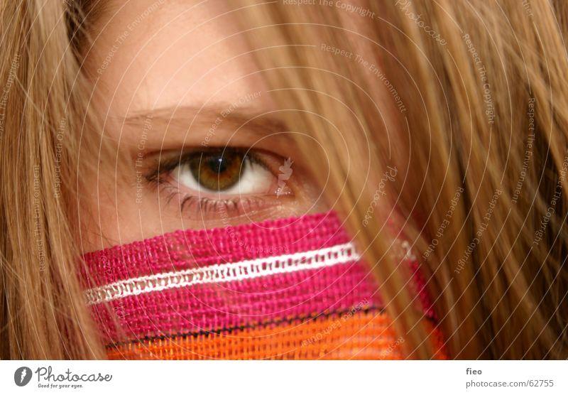 Julia Nahaufnahme geheimnisvoll Romeo und Julia Gesicht Auge