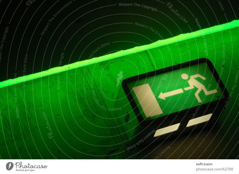 Way Out 2 Ausgang Treppenhaus grün Symbole & Metaphern Ikon exit Flucht