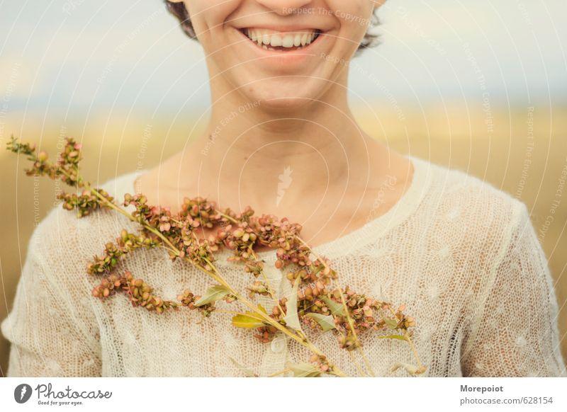 Mensch Natur Jugendliche schön Farbe Pflanze Sommer Sonne Junge Frau Blume Landschaft Freude 18-30 Jahre gelb Erwachsene Umwelt