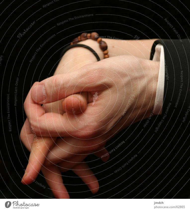 Gemeinsam Mensch Frau Mann Hand Freude Erwachsene Liebe Glück Paar Zusammensein Freundschaft Finger Schutz Sicherheit nah festhalten