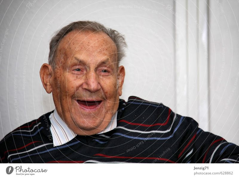 Opi. Mensch Mann alt Freude Gesicht Senior lachen Glück maskulin Zufriedenheit 60 und älter Fröhlichkeit Freundlichkeit Lebensfreude Männlicher Senior Hemd